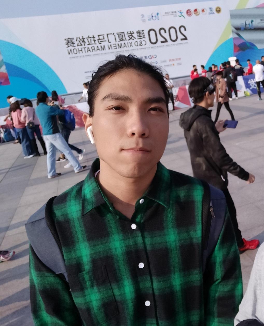 Run-Qing Chen